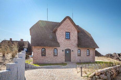 Exklusives Einzelhaus in begehrter Dünen- und Wattlage