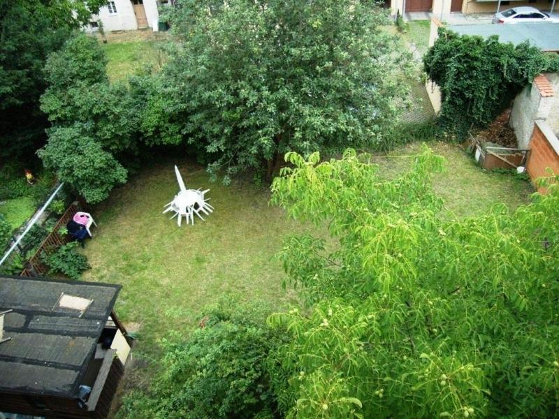 Grüner Garten für glückliche Mieter