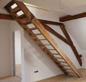 Treppe in die obere Etage