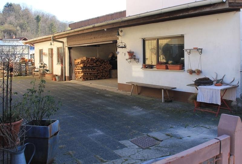 Garage und Werkstatt