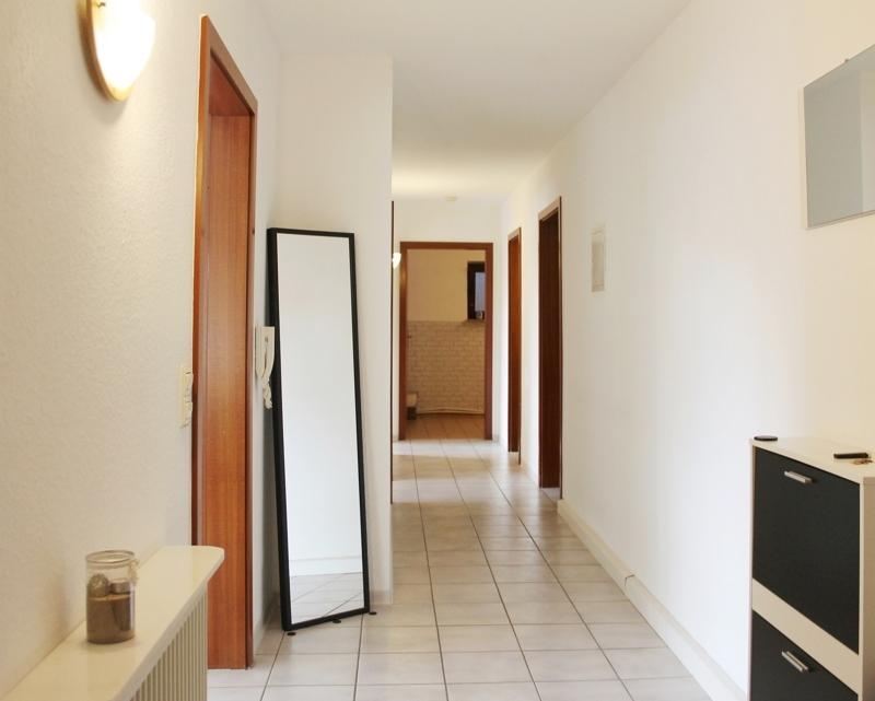 Geräumiger Eingangsbereich und Flur