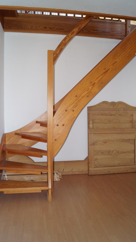 Treppe ins ausgebaute Dachgeschoss