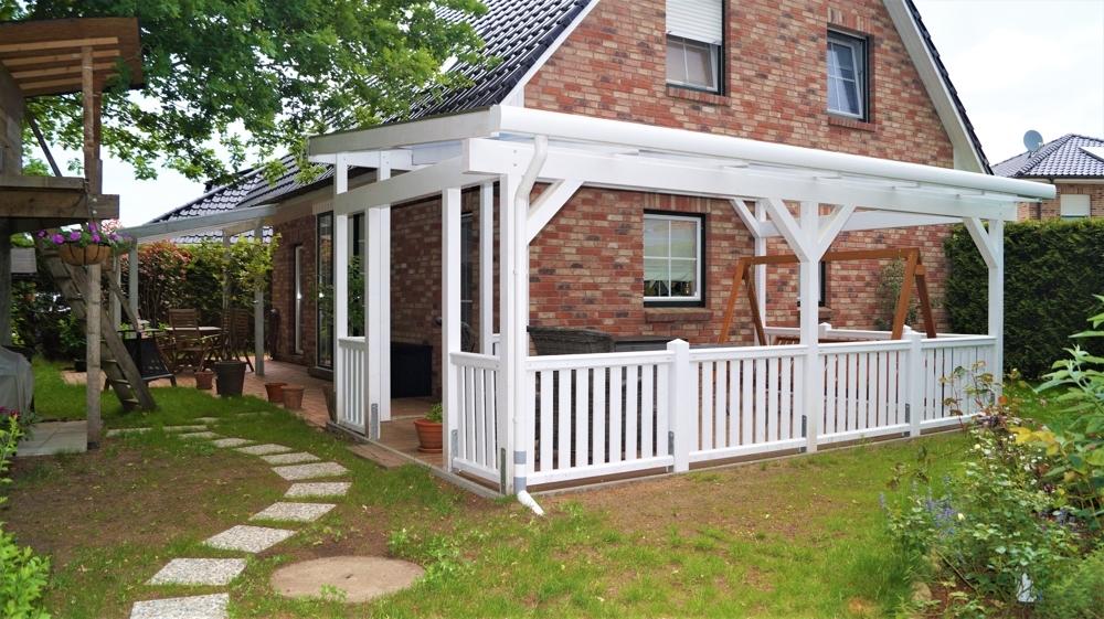 Terrasse zum hinteren Gartenbereich