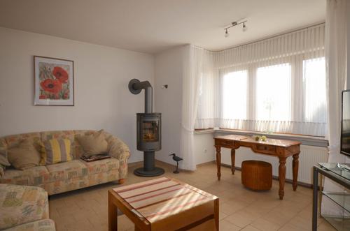 Wohnzimmer mit kleinem Erker