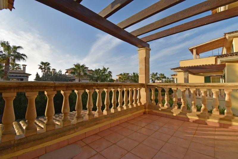 Balkon an Hauptschlafzimmer