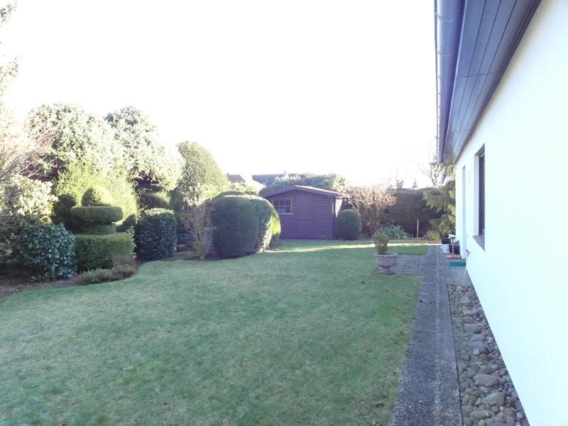 hinterer Garten zum Gartenhaus