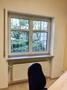 Büro 3 mit Blick in den begrünten Innenhof