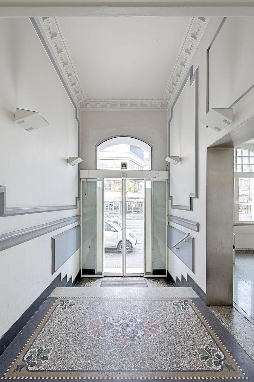 Eindrucksvoller Eingangsbereich
