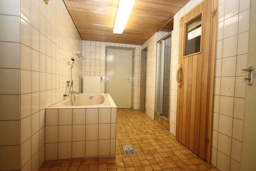 Keller Bad mit Sauna
