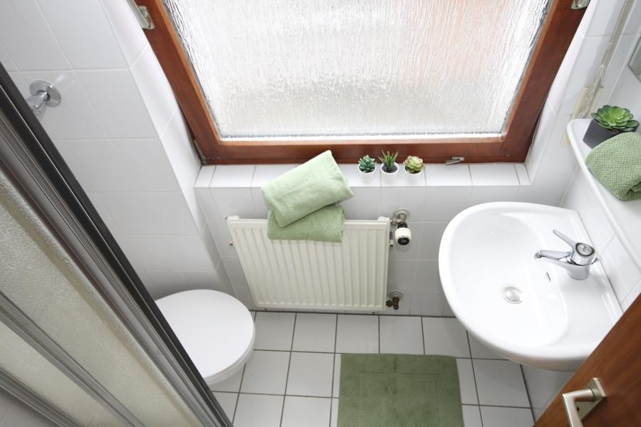 OG Kinder-Bad mit Dusche