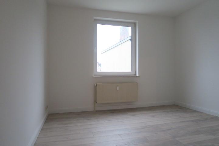 1751-Zimmer 4