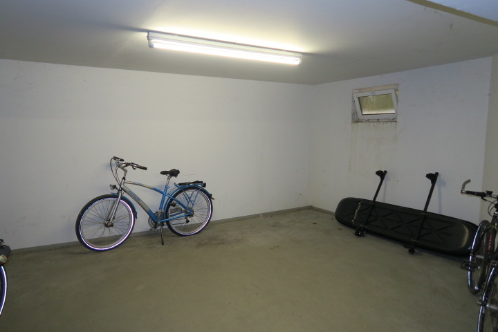 0681-Fahrradkeller