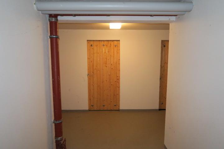 0681-Kellergang (1)