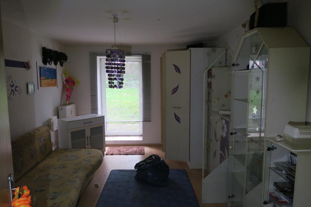 Einheit-KG-Wohnzimmer