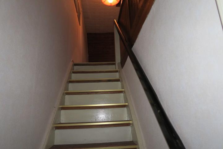 3020-Treppe zum DG