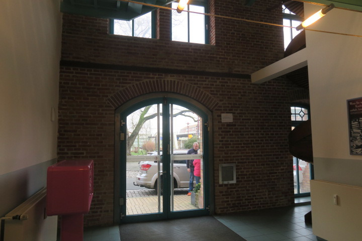 0549-Eingangshalle