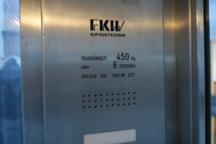 0549-Fahrstuhl 2