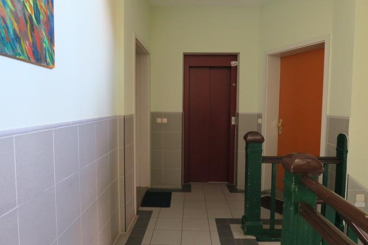 3121-Fahrstuhl