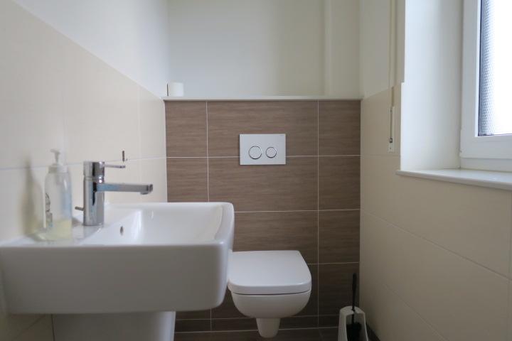 3259-Gäste WC