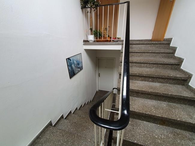 Trepphausabgang zur Wohnung