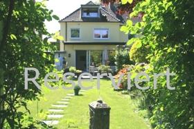 Der grüne Blick zum Haus