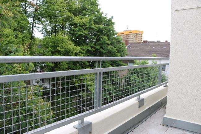 Balkon 3.OG links