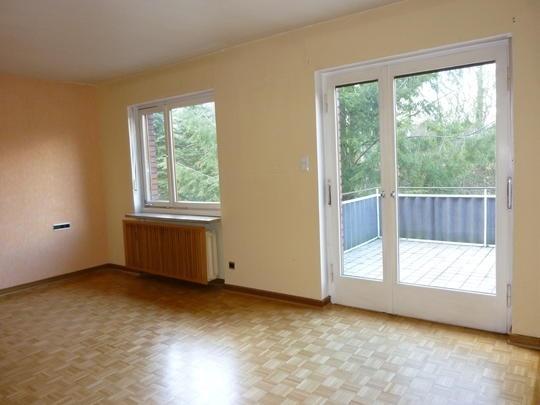 Zimmer mit Balkon.jpg
