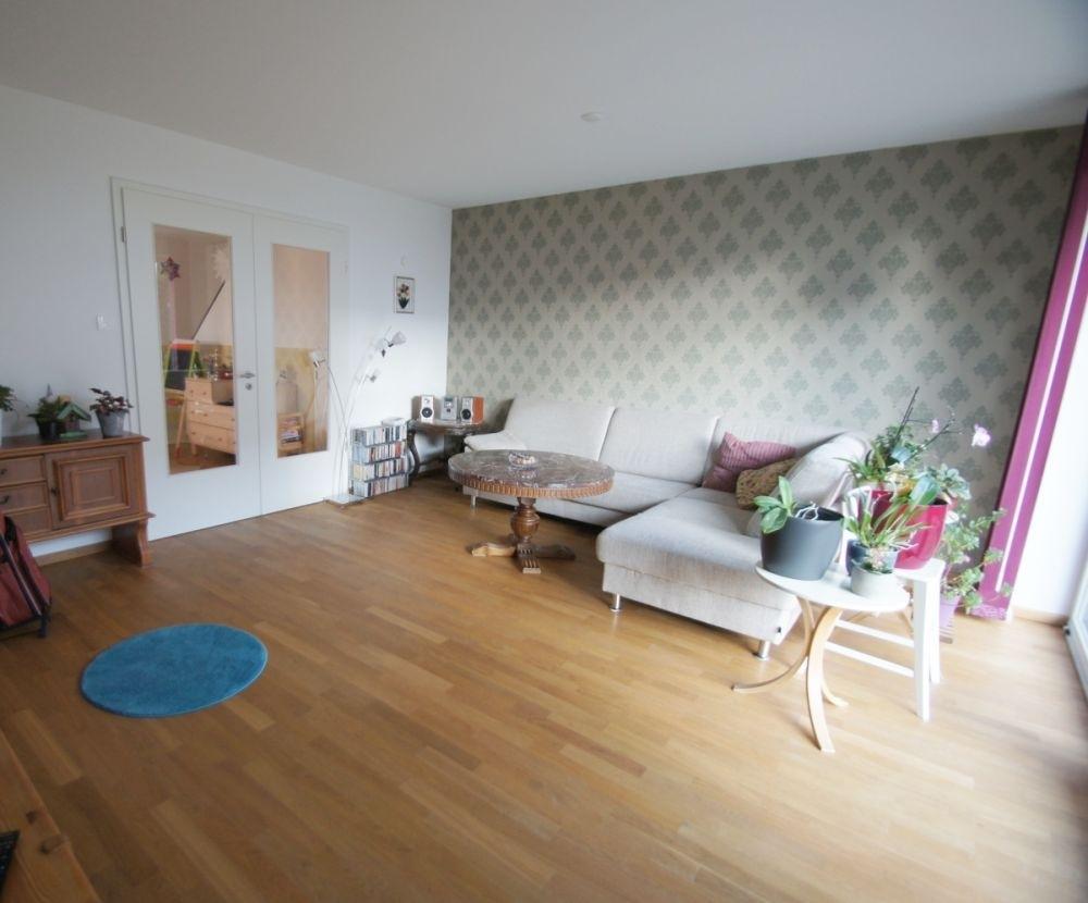 2. Blick Wohnzimmer..png