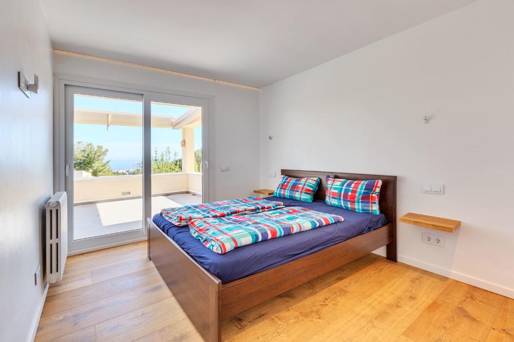 J Bedroom 2
