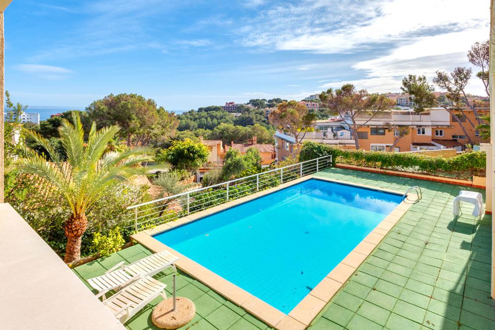 X Swimming pool