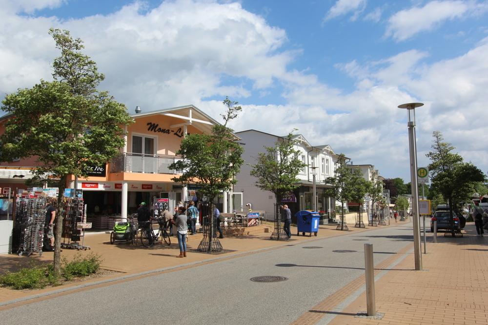 Strandstraße in Göhren