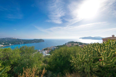 Plot with sea view in Santa Ponsa for sale