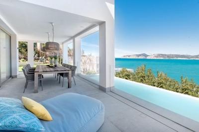 Villa in erster Meereslinie Santa Ponsa Mallorca zu verkaufen