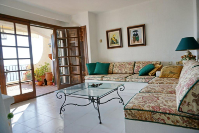 First line apartment in Cala Fornells for sale