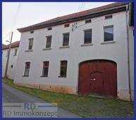 Haupthaus-Einfahrt