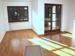 Wohnzimmer mit edlem Parkett