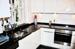 Moderne, neuwertige Küche ...