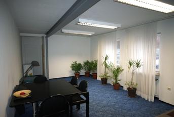 Büro Besprechung1