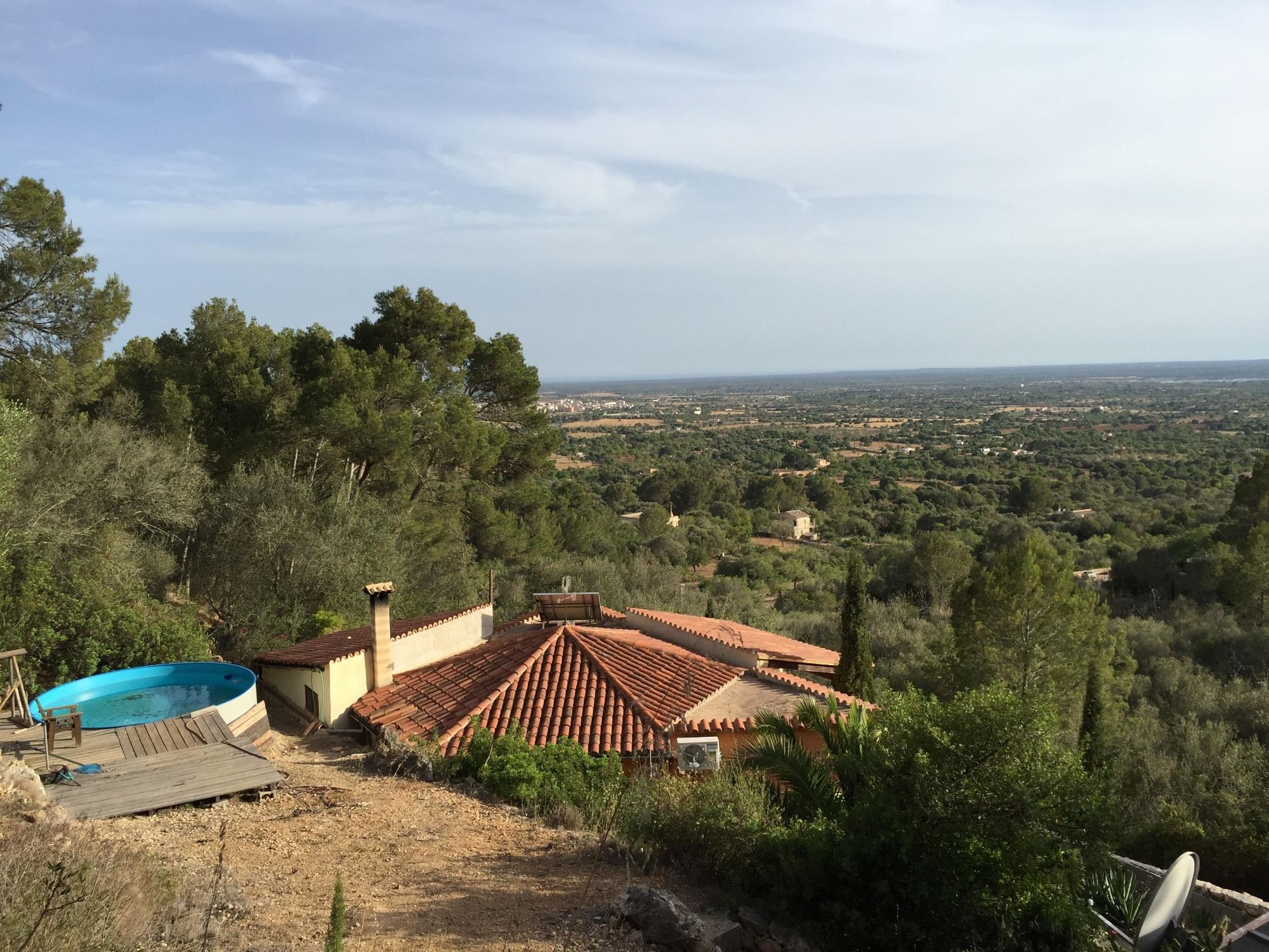 Blick aus dem Grundstück