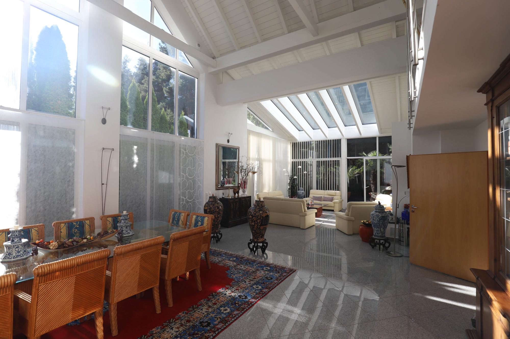 Wohntraum mit Viel Licht und Raum