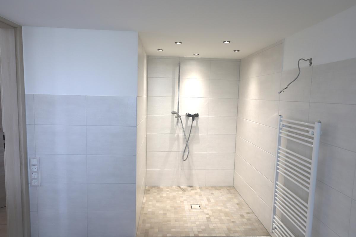 übergroße Dusche
