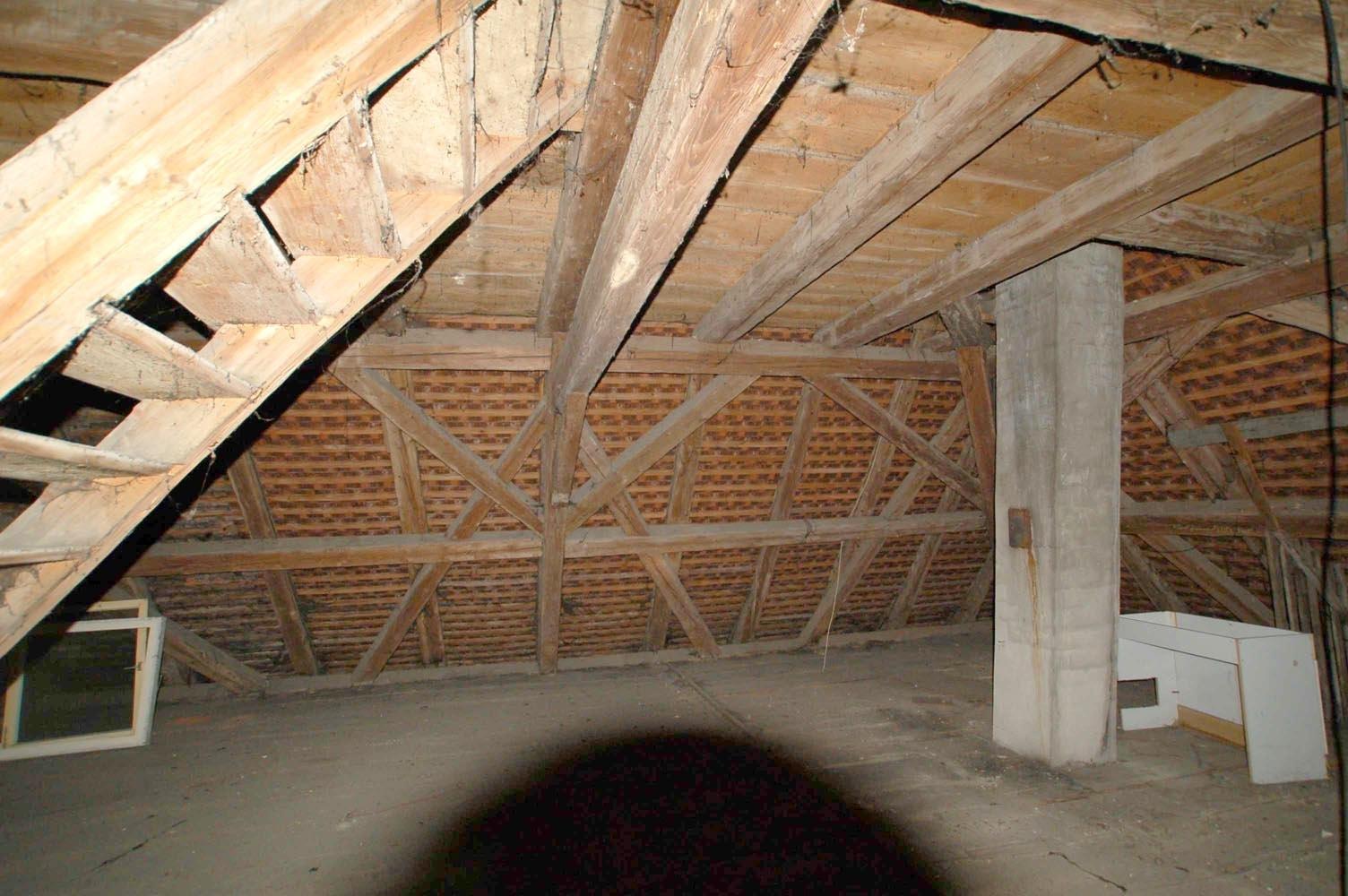 historischer Dachstuhl