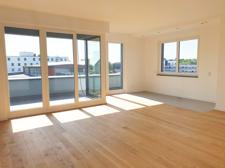 Wohnzimmer mit Terrasse I