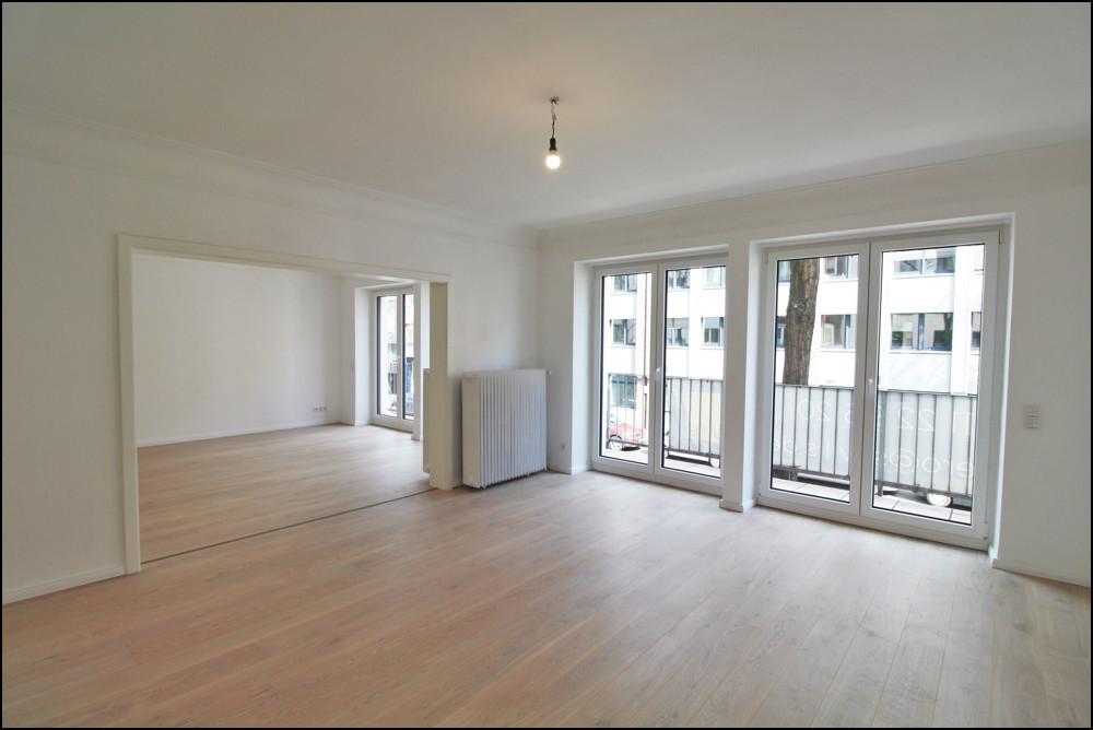 Frisch sanierte 4-Zimmer Wohnung in Düsseldorf Unterbilk