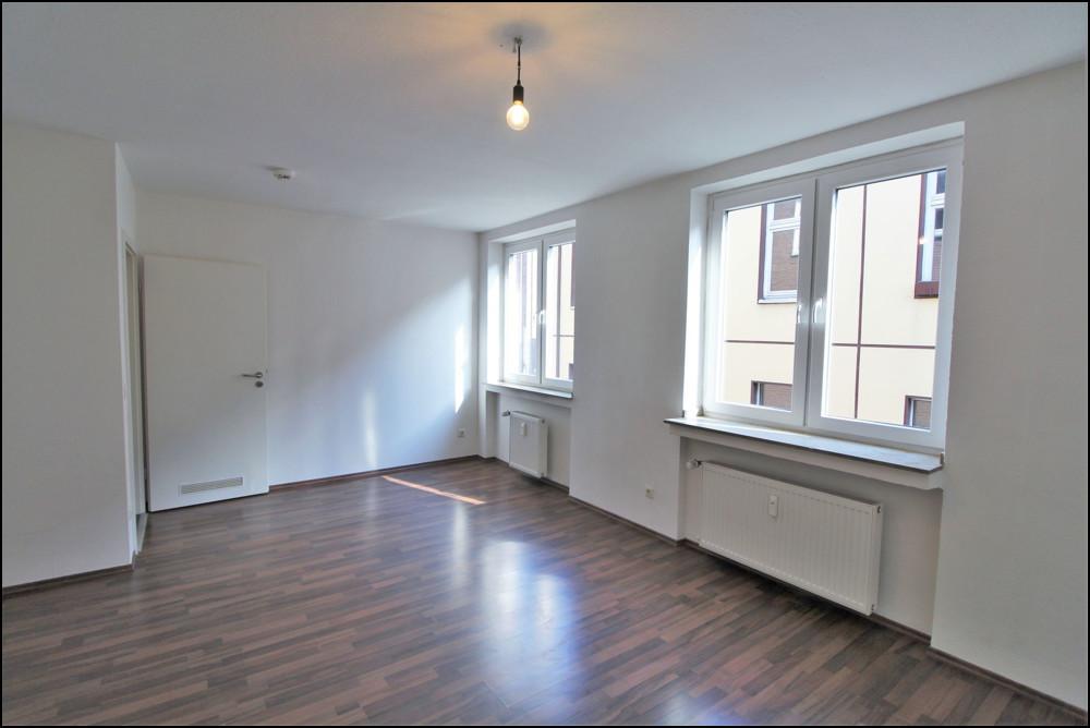 Moderne und gut geschnittene 2-Zimmer-Wohnung in der Nähe des Burgplatzes