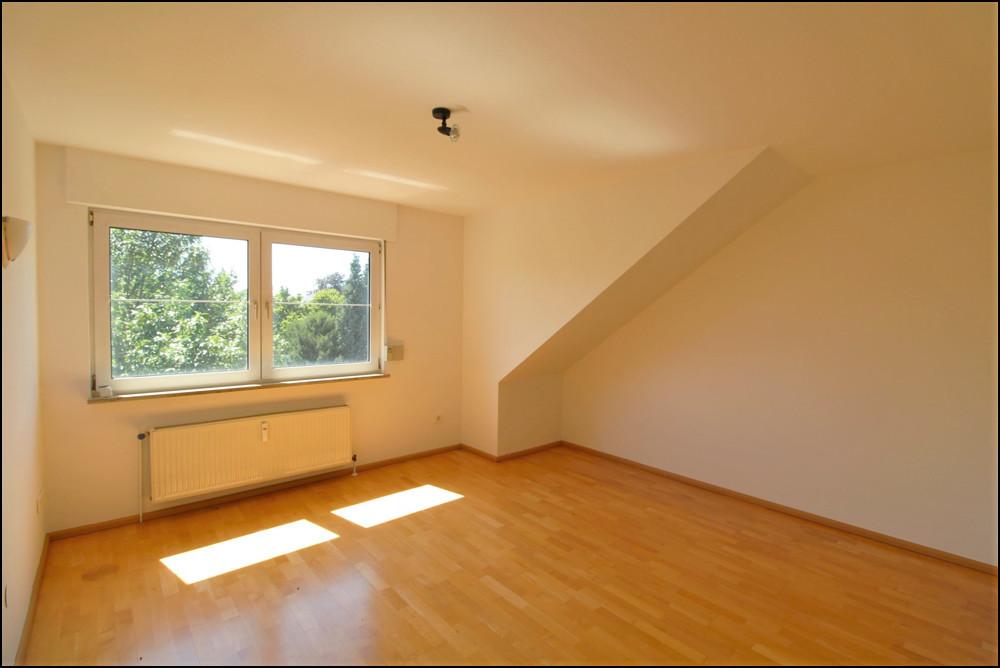 Charmante 3-Zimmer-Dachgeschosswohnung in Essen-Schönebeck als Kapitalanlage oder Eigennutzung