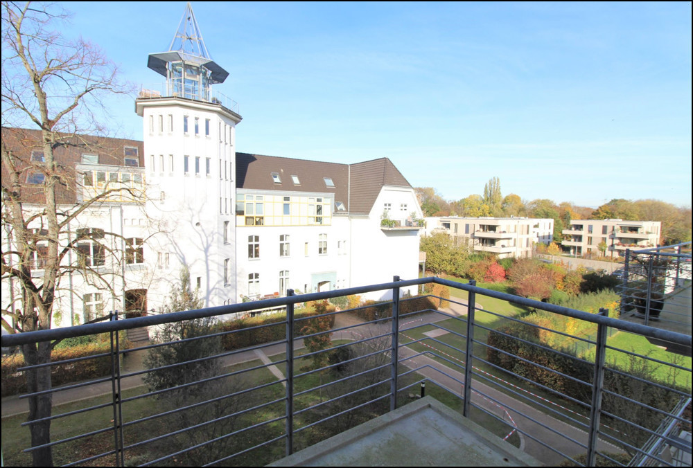 Traumhafte Maisonette im Dreiflügelhaus in Düsseldorf - Wittlaer/Einbrungen