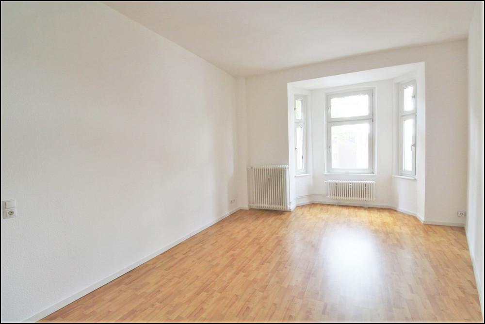 Schöne 3-Zimmer-Altbauwohnung in ruhiger Lage in Duisburg - Untermeiderich