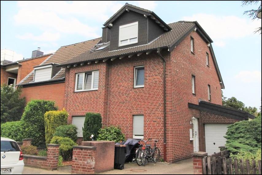 Kapitalanlage: Gepflegtes Mehrfamilienhaus in ruhiger Lage in Düsseldorf Unterrath