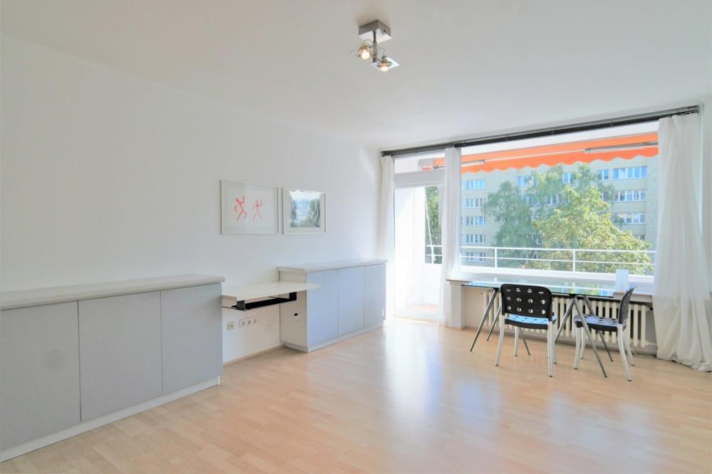 Wohnen in zentraler Lage - Teilmöbliertes 1 Zimmer Apartment in Golzheim
